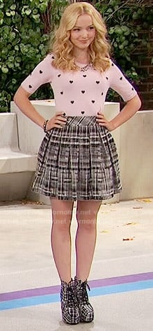 Liv's pink heart print sweater and black plaid skirt on Liv and Maddie