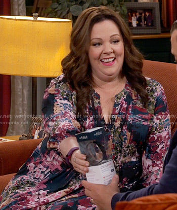 Molly's abstract print blouse on Mike and Molly