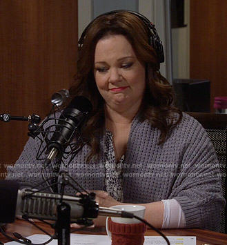 Molly's grey textured cardigan on Mike and Molly