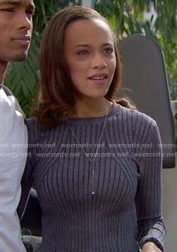 Nicole's grey ribbed sweater on The Bold and the Beautiful