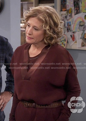 Vanessa's burgundy v-neck dress on Last Man Standing
