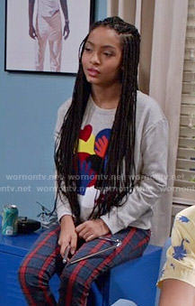 Zoey's shapes sweatshirt on Black-ish