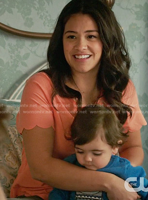 Jane's coral scalloped trim top on Jane the Virgin