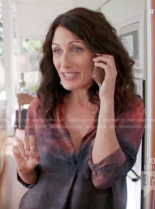 Abby's navy and red ombre shirt on Girlfriends Guide to Divorce
