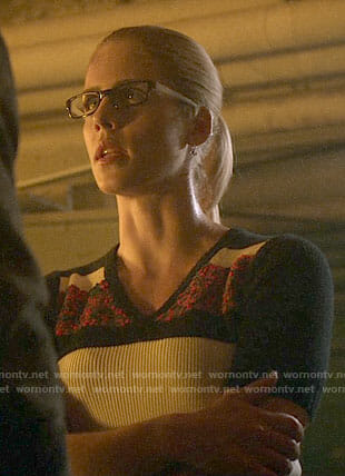Felicity's colorblocked short sleeve sweater on Arrow