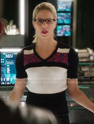 Felicity's colorblocked short sleeve sweater on Arrow