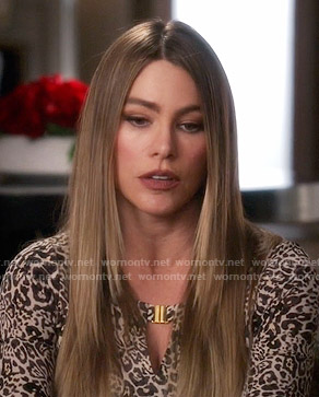 Gloria's leopard print keyhole top on Modern Family