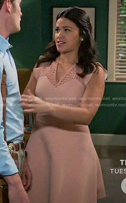 Jane's pink eyelet dress with ruffle sleeves on Jane the Virgin