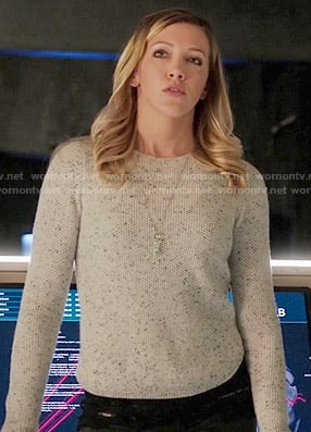 Laurel's white speckled sweater on Arrow