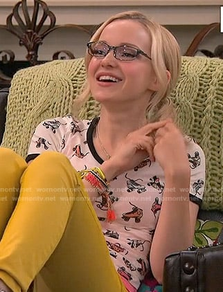 Maddie's rollerskate print top on Liv and Maddie