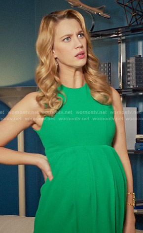 Petra's green maternity dress on Jane the Virgin