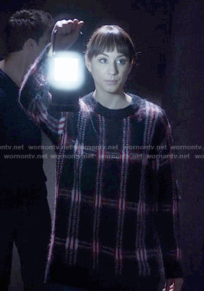 Spencer's black plaid sweater on Pretty Little Liars