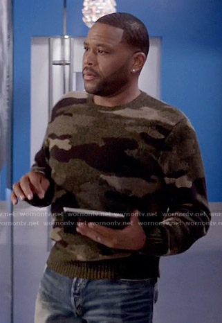Andre's camouflage sweater on Black-ish