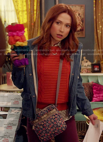Kimmy's bee print shirt, red sweater and chambray hoodie on Unbreakable Kimmy Schmidt