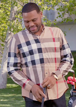 Andre's beige checked shirt on Black-ish