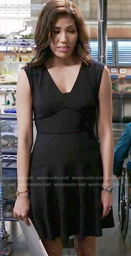 Angela's black v-neck dress on Bones