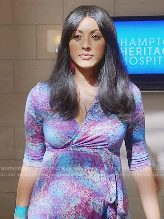 Divya's blue and purple wrap maternity dress on Royal Pains
