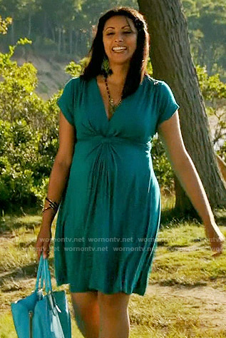 Divya's teal twist front maternity dress on Royal Pains