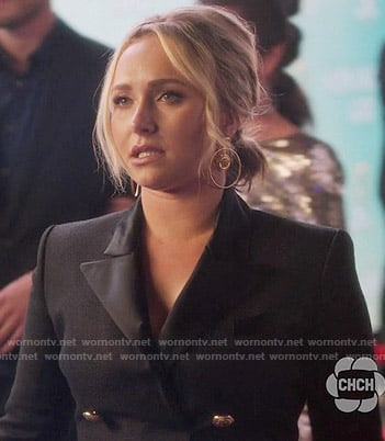 Juliette's double breasted blazer dress on Nashville
