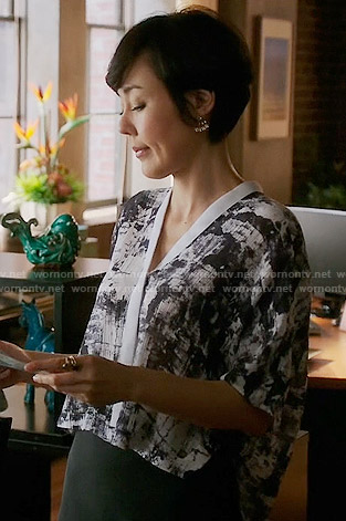 Karen's abstract print cropped shirt on Mistresses