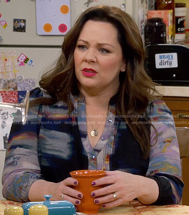 Molly's black abstract print blouse on Mike and Molly