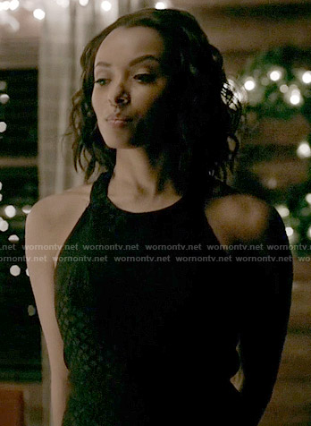 Bonnie's black halterneck dress on The Vampire Diaries