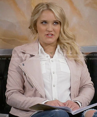 Gabi's pink leather jacket on Young and Hungry
