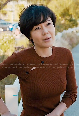 Karen's brown shoulder button sweater on Mistresses