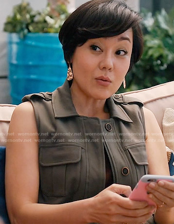 Karen's green military vest on Mistresses