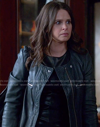 Quinn's black leather jacket on Scandal