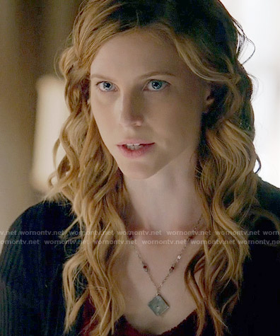 Valerie's necklace on The Vampire Diaries