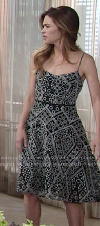 Victoria's black and white shapes printed dress on The Young and the Restless