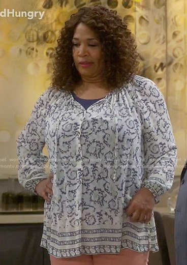 Yolanda's border printed top on Young and Hungry