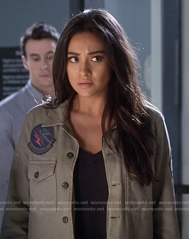 Emily's green jacket with patches on Pretty Little Liars