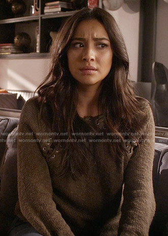 Emily's lace up sweater on Pretty Little Liars