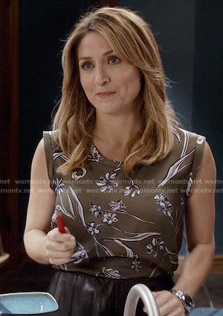 Maura's sleeveless green floral top on Rizzoli and Isles