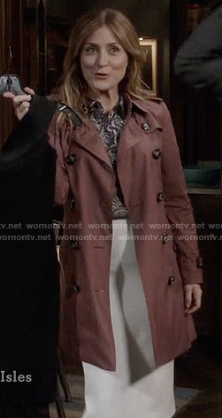 Maura's pink trench coat on Rizzoli and Isles