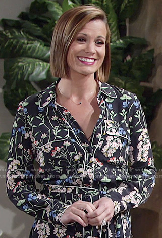 Chelsea's floral shirtdress on The Young and the Restless