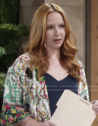 Mariah's floral kimono on The Young and the Restless