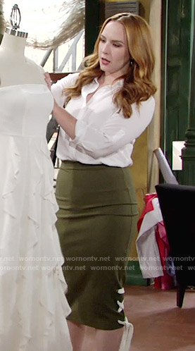Mariah's green lace-up side skirt on The Young and the Restless