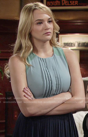 Summer's blue pleated colorblock dress on The Young and the Restless