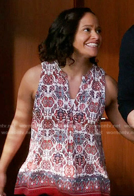 Zoila's red printed sleeveless top on Devious Maids
