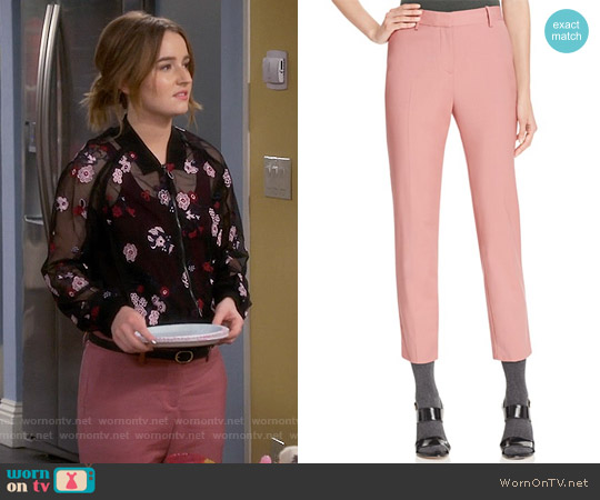 Theory Treeca 2 Crop Pants in Pink Willow worn by Eve Baxter on Last Man Standing