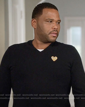 Andre's heart sweater on Black-ish