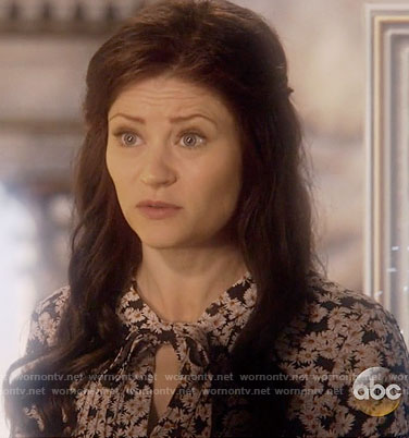 Belle's tie neck daisy print dress on Once Upon a Time