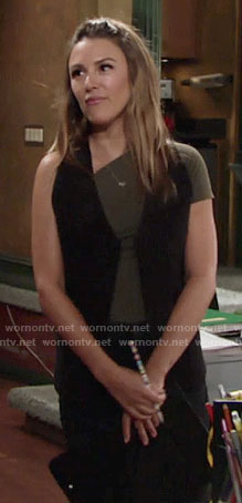 Chloe's green asymmetrical tee on The Young and the Restless