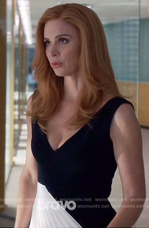 Donna's black and white pleated panel dress on Suits