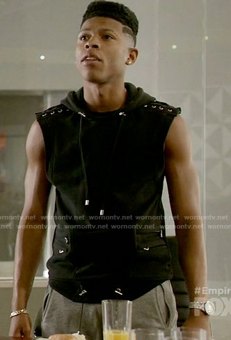 Hakeem's black sleeveless hoodie on Empire