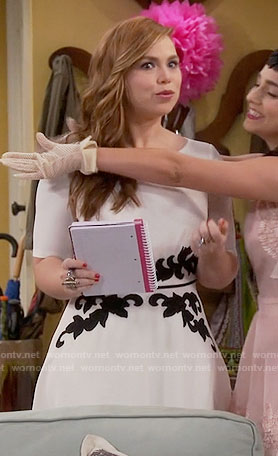 Kristin's white dress with black applique on Last Man Standing