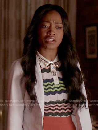 Zayday's chevron striped top on Scream Queens